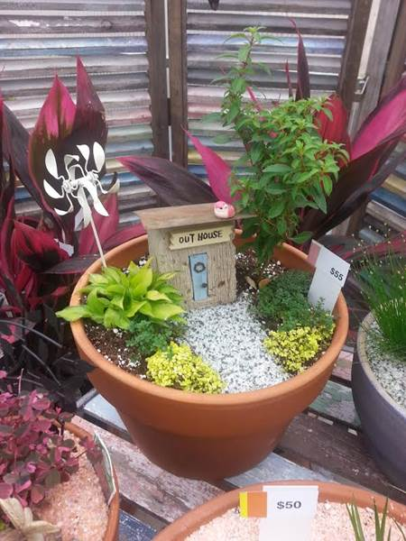 Attrayant  Fairy Gardens Are The Newest Addition To Patio Gardening Consisting Of  Miniature Plants Plus Woodland Creatures And Furniture To Make Your Own  Creative ...